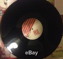 EXTREMELY RARE REAL! TAYLOR SWIFT SIGNED RED VINYL WithEXACT VIDEO PROOF WithCOA HOT