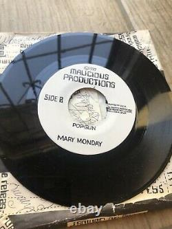 Mary Monday 1977 I Gave My Punk Jacket To Rickie Popgun 45 Autographed