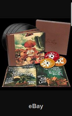 Signed Oasis Dig out Your Soul Stunning 4 Disc Vinyl Box Set 1 of a kind