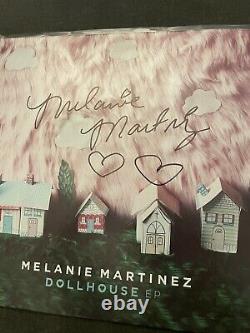 SignedMelanie Martinez RSD Dollhouse ep Vinyl Signed At Music Midtown 2016